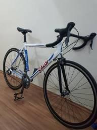 Caloi Strada 2015 Speed Aro 700 Shimano Claris 16v Tam G