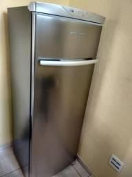 Freezer Vertical Brastemp (Só 4 meses de uso!)
