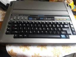 Maquina de escrever R330 eletrônica marca panasonic
