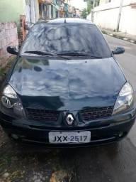 V/T Clio sedan2005/2006. deve Detran carro quitado,tem os 2 documentos - 2006