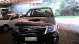 Vendo Toyota Hillux CD/ 4x4 /SRV/cabine dupla/ 2011-2012 - 2012