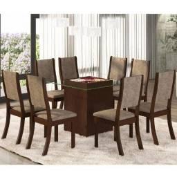 Conjunto para Sala de Jantar Mesa e 8 Cadeiras Amora