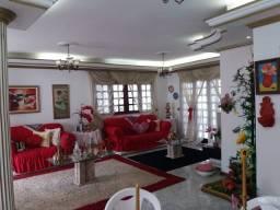 Excelente Casa no Pq Guanabara 4 Quartos Sendo 1 Suíte Master Próx. Novo Mateus