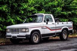 Camionete D20 Custom de Luxo 1988/89 Placa Preta