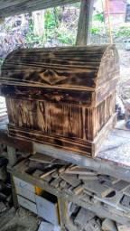 Baú de madeira