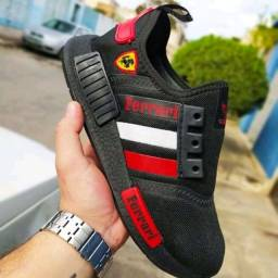 Tênis Adidas NMD Ferrari