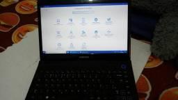 Note book Samsung    carregado  é os assessórios  dele