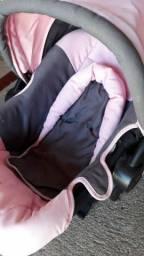 Bebê conforto usado poucas vezes pra vender logo