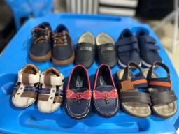 Lote calçados de menino ( numeração 17 ao 22)