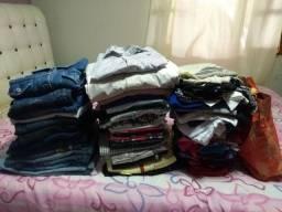 Lote de roupa pra brechó