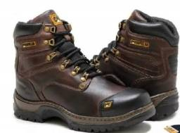 Vendo Bota Caterpillar.