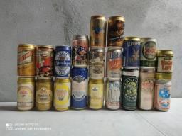 Coleção de 20 latas de cerveja antigas vazias