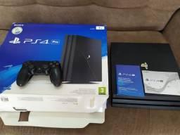 PS4 Pro com 1TB e em Perfeito Estado