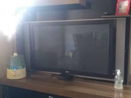 TV pra tirar peças ou pra consertar!
