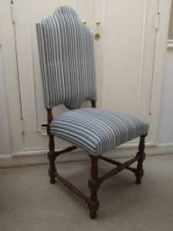 Lote com 12 cadeiras antigas italianas em madeira de lei maciça