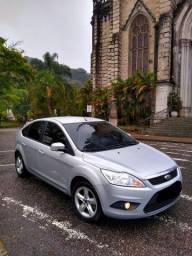 Focus Hatch 1.6 2013