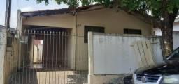 Vendo casa no Jardim kenedi