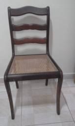 Cadeira década de 60/70 (madeira: imbuia) e assento de treliça