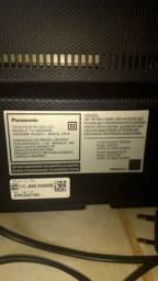 """Smart tv 49"""" tela quebrada pta concerto ou aproveitar peças."""