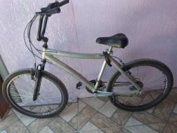 Vendo bicicleta aro aéreo de alumínio de marchas