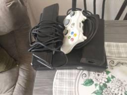 Xbox 360 R$270,00