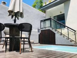 Casa com piscina em Itacoatiara MOBILIADA