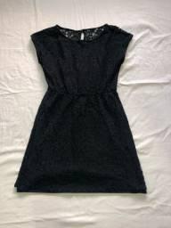 Vestido de renda preto M