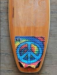Prancha Surf Powerlight Grátis Deck Ctwax + 5 Plugs Fcs 2 + waxtrak