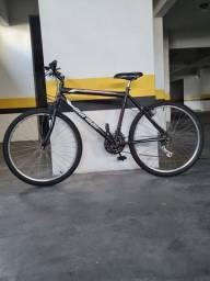Bicicleta Aro 26 V-Brake Nylon Mormaii Storm - Preta<br><br>