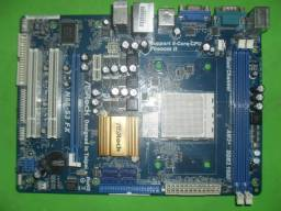 Placa asrock N68-S3,socket am3+,com defeito.