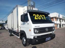 Volkswagen 10.160 Delivery Plus ano 2016/17 c/ baú frigorífico + Equipamento