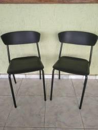 Vendo - Cadeira fixa preta