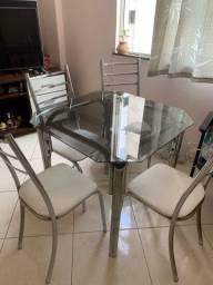 Mesmo 4 cadeiras