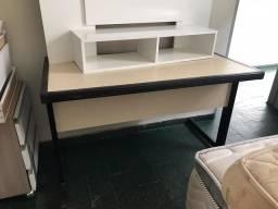 Escrivaninha/mesa escritório