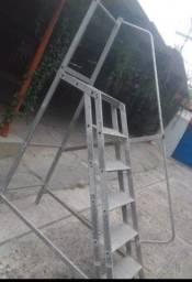 Escada em Alumínio para piscina