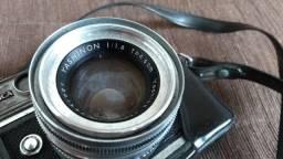 Câmera Yashica