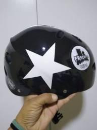 Patins Revolt da traxart mais kit de proteção, mochila e capacete. Número 38/39