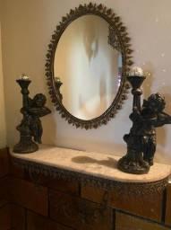 Aparador de parede colonial em bronze e marmore