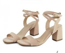 Sandália salto bloco varejo