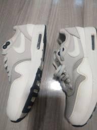 NIKE Air N. 36. Original. Comprei na Nike