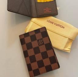 Carteira porta cartão Louis vuitton couro