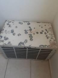 Condensador de ar condicionado