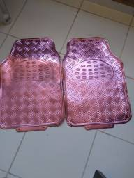 Título do anúncio: Tapete para carro rosa laminado usado