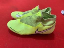 Título do anúncio: BARBADA Chuteira Nike Phantom SN Verde mística