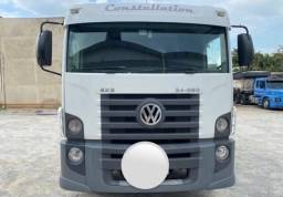 Volkswagen 24-250 E Constellation 3-eixos 2p