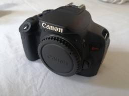 Canon T5i e lente 18-55