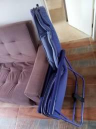 Cadeira com armação dobrável para conserto