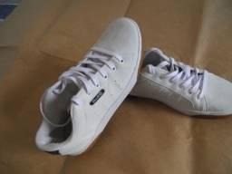 Tenis Oxer - Estilo skate - Original - Novíssimo - tamanho 40!