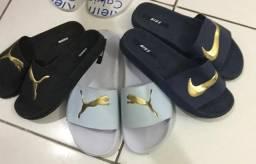 Chinelos Nike e Puma