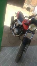 Vendo moto - 2005